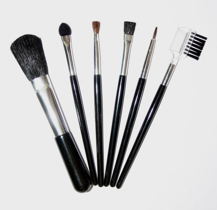 Sada kosmetických štětců - 7 ks | Dekorativní kosmetika - Kosmetické štětce