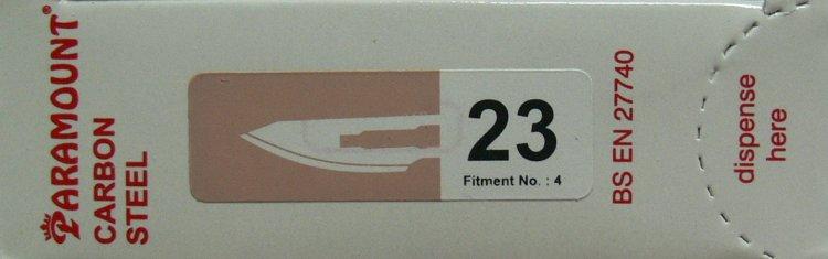 PARAMOUNT Čepelka skalpelová sterilní karbonová tvar 23 | Kleště a nůžky na nehty a kůži pro manikúru a pedikúru, pinzety, pilníky, atd. - Skalpelové čepelky karbonové, držátka čepelek