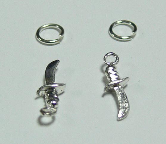 Piercing 590-09 ozdoby na nehty 2 ks    NEHTOVÁ MODELÁŽ - Zdobící nálepky a obtisky na nehty - Piercing na nehty