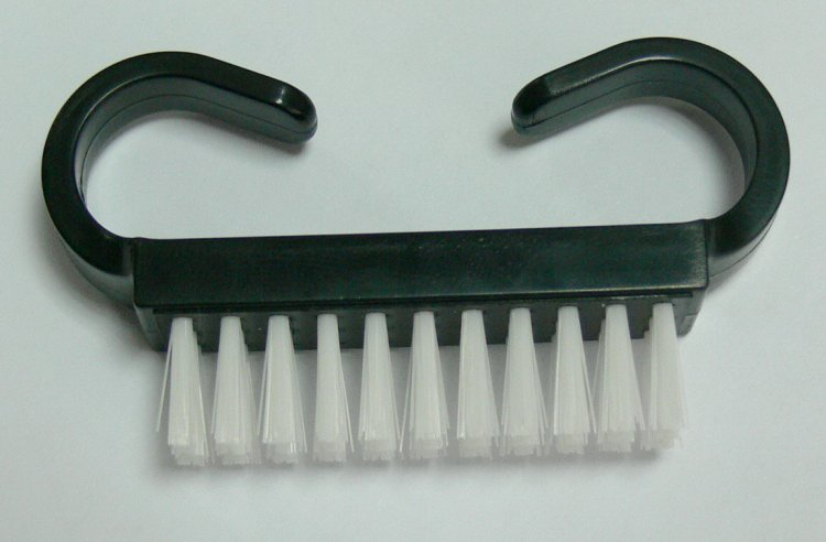 Kartáček na číštění nehtů | Nehtové tipy pro nehtovou modeláž - Příslušenství k tipům