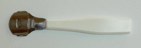 Hoblík na kůži, plastové držátko | NEHTOVÁ MODELÁŽ - Kleště a nůžky na nehty a kůži pro manikúru a pedikúru, pinzety, pilníky, atd. - Ostatní nástroje a příslušenství pro pedikúru