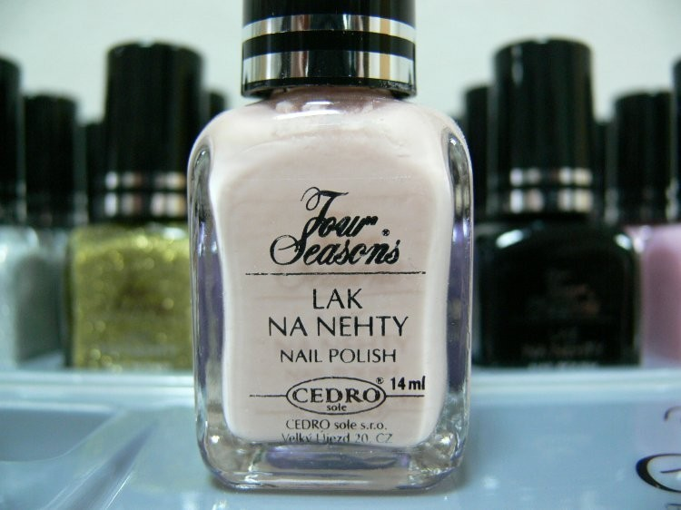 Four Seasons Lak na nehty FS odstín 15 průsvitný lak vhodný pro Francouzskou manikúru 14 ml | Laky na nehty - Laky na nehty Cedro - Four Seasons