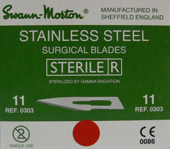 SWANN MORTON Čepelka skalpelová sterilní nerezová tvar 11 | Kleště a nůžky na nehty a kůži pro manikúru a pedikúru, pinzety, pilníky, atd. - Skalpelové čepelky nerezové, držátka čepelek