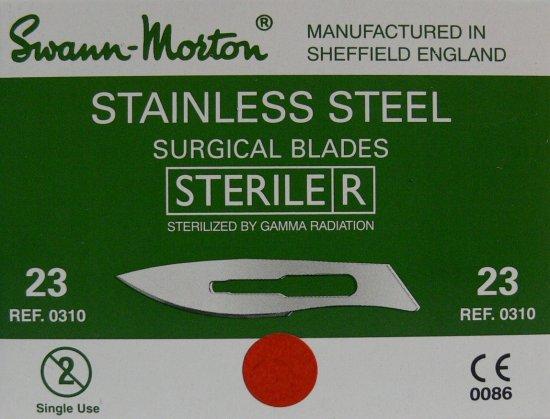 SWANN MORTON Čepelka skalpelová sterilní nerezová tvar 23 | Kleště a nůžky na nehty a kůži pro manikúru a pedikúru, pinzety, pilníky, atd. - Skalpelové čepelky nerezové, držátka čepelek