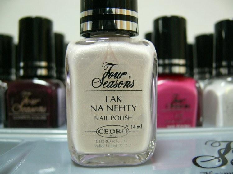 Four Seasons Lak na nehty FS odstín 31 perleťový lak s matovým povrchem 14 ml | Laky na nehty - Laky na nehty Cedro - Four Seasons