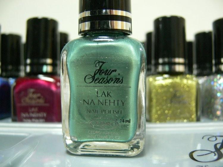 Four Seasons Lak na nehty FS odstín 56 perleťový lak s matovým prachem 14 ml | NEHTOVÁ MODELÁŽ - Laky na nehty - Laky na nehty Cedro - Four Seasons